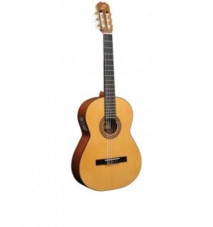 """Guitarra """"ADMIRA"""" Juanita-Electrificada Fishman"""